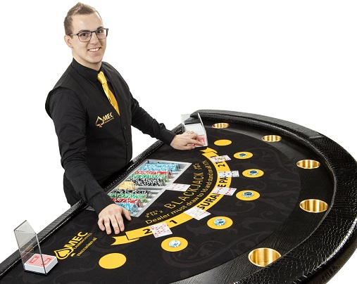 Blackjack Croupier